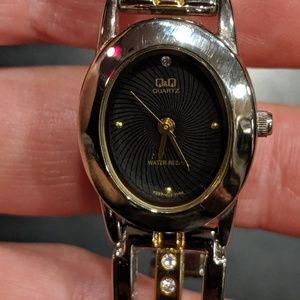 Q&Q two-tone watch